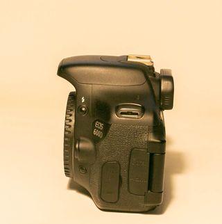 Cámara fotográfica Canon EOS 600D