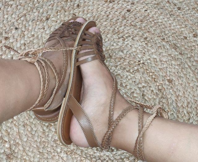 sandalias cuero