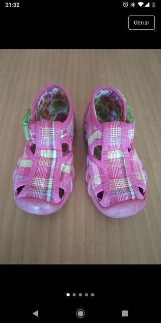Zapatillas para andar por casa talla 22