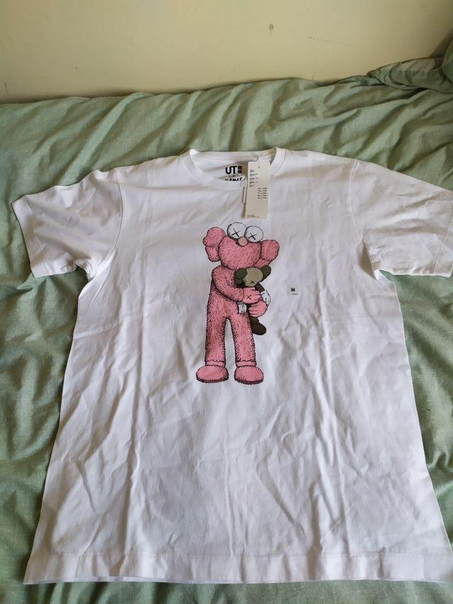 Kaws T-shirt