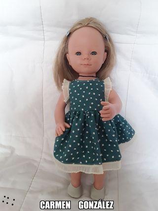 muñeca CARMEN GONZALEZ impecable