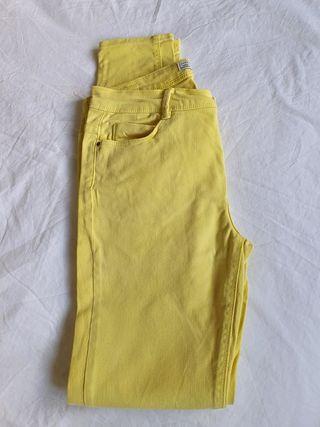 Falda, jeans, pantalones de vestir y efecto cuero