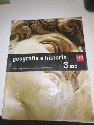 LIBRO GEOGRAFÍA E HISTORIA 3 ESO SAVIA
