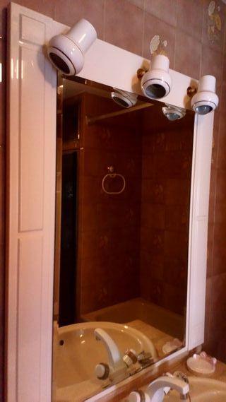 Espejo de baño blanco brillo con luz