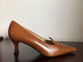 Zapatos salón marrones sin estrenar cuero
