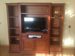 Mueble TV de madera.Precio a convenir