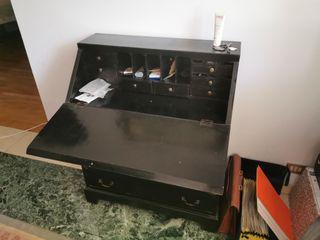 bureau de madera negra