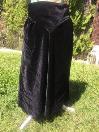 Falda de terciopelo negra talla 36