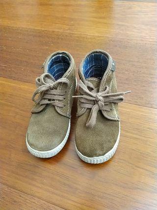 Zapatillas niño Victoria n 26