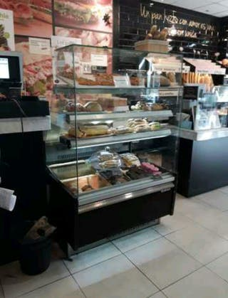 vitrina refrigerada pastelera INFRICO