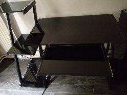 bureau noir en verre