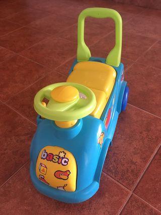 Correpasillos / juguete / coche