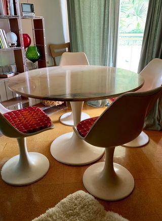 Mesa comedor y sillas Tulip 60's