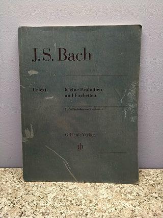 Libro Piano J.S. Bach