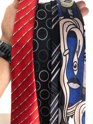 Cuatro corbatas al precio de una