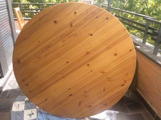 Elegante Mesa de pino
