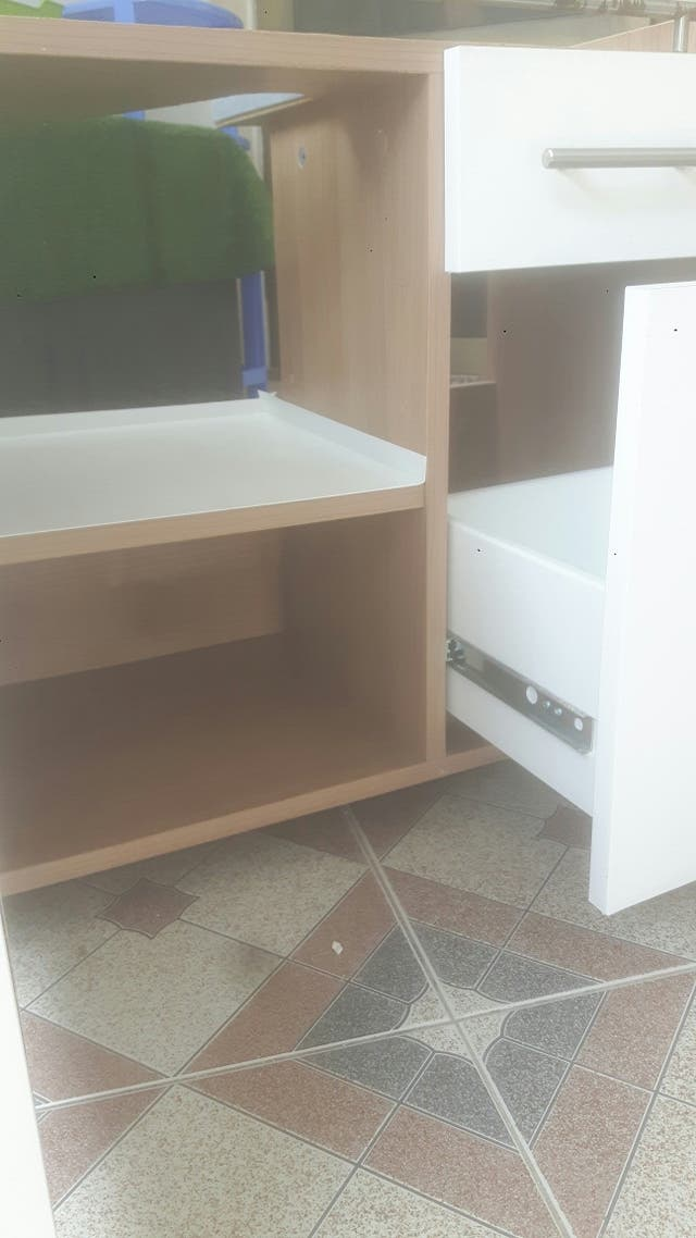 mueble pequeño para lavabo