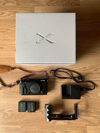 Fujifilm XE2S Black