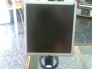 Monitor OKI 17 pulgadas TFT LCD