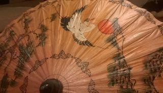 Antiguo paraguas parasol sombrilla papel