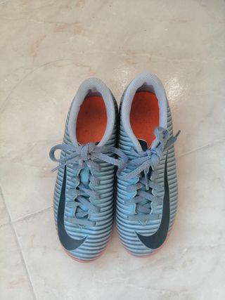 Botas de taco fútbol Nike