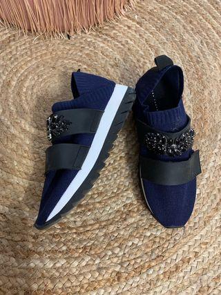 Zapatillas deportivas calcetín Zara