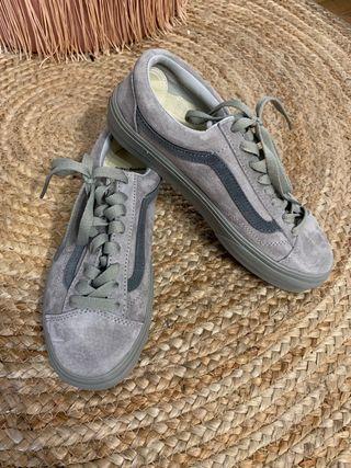 Zapatillas Vans de segunda mano en Pozuelo de Alarcón en