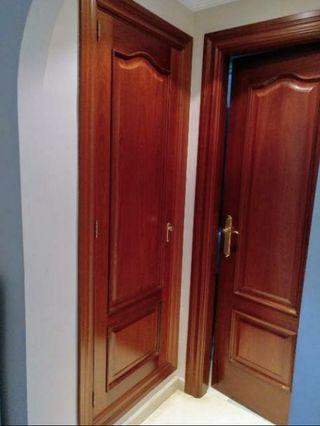 Puertas de madera maciza color Sapelly