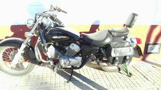 Moto Honda 125 custon