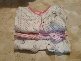 Pijamas recién nacido.