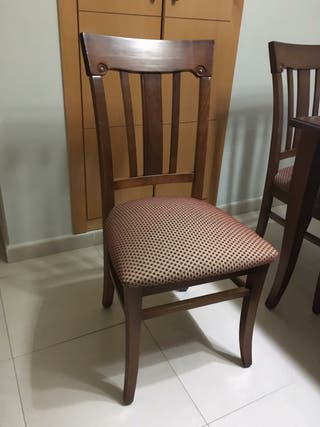 mesa comedor, totalmente nueva con seis sillas