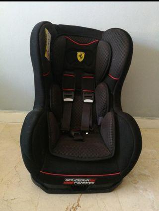 Silla auto Ferrari Cosmos 0 a 25kgs