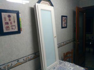 Puerta o ventana de madera-Lacada en blanco
