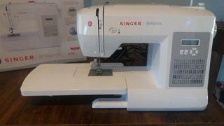 Maquina de coser Singer brillance