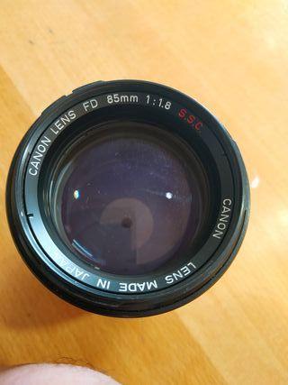 Lente Canon 85mm f/1.8 S.S.C.