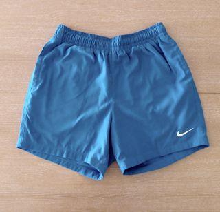 Pantalón corto NIKE talla M Nuevo