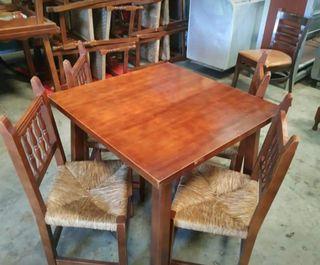 5 Juegos de Mesas y sillas de enea