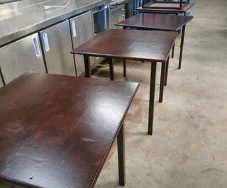8 Mesas de Madera. Hostelería