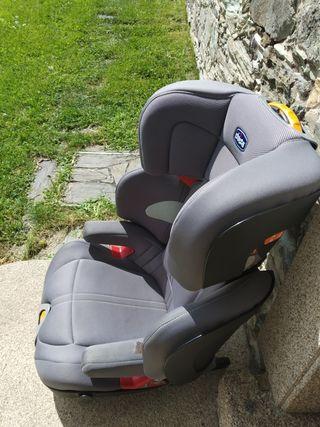 Se vende silla de coche grupo 2-3.