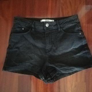 Short vaquero negro