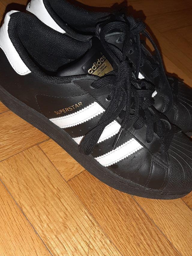 sobrino Tratamiento el último  Adidas Superstar. (MUJER) TALLA 37 1/3 de segunda mano por 20 € en Alcorcón  en WALLAPOP