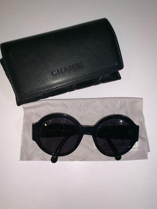 Gafas Chanel nuevas con estuche