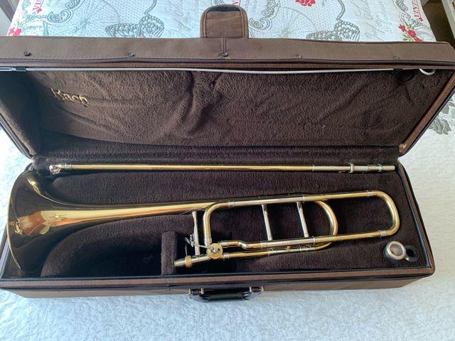 Trombón sib/fa Bach Stradivarius 42bo