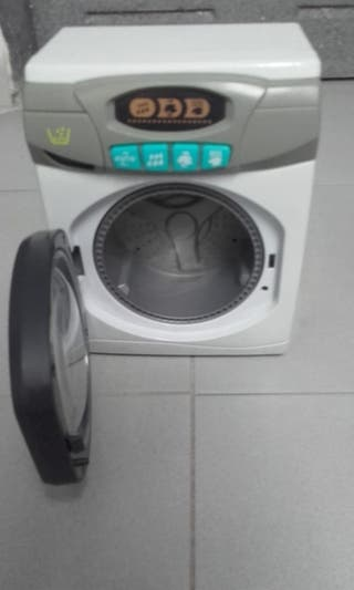Conjunto lavadora, plancha, tabla planchar