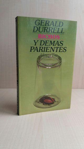 Libro Bichos y demás parientes. Gerald Durrell.