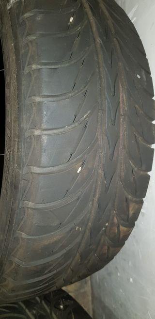 2 Neumáticos Michelin
