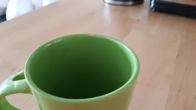 2 tazas verdes