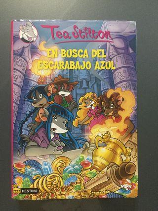"""Libro """"En busca del escarabajo azul"""""""