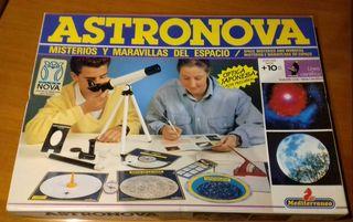 """Juego de mesa """"Astronova"""""""