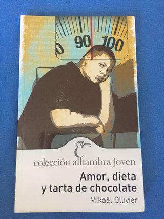 """Libro """"Amor, dieta y tarta de chocolate""""."""